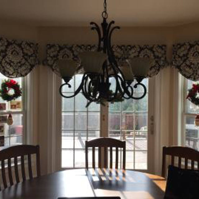 Custom Balloon style board mounted valances. Just in time for the holidays!