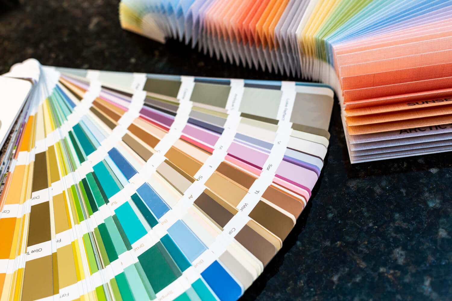 5 Secrets To Simplify Color Selection When Decorating Your Home